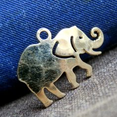 from an estate sale... tiny elephant pendant... by CoolVintage, $5.50