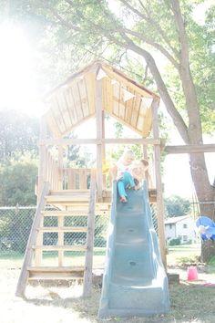 Tree Fort. Living With Kids: Araya Jensen @ Design Mom