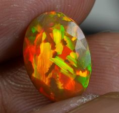 2.0 CT Faceted Puzzle Opal WOW