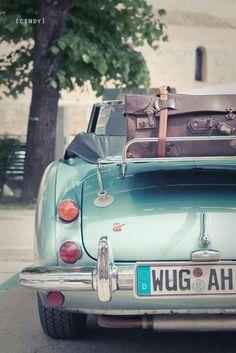 Omg LOVE this car! #holidayfeelings♥