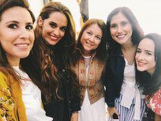 Morning! Anoche lo pasamos pipa y para muestra esta foto con mis chicas... Qué alegría verte María y conocer a la pequeña Olivia no se puede ser tan linda y tan buena! El resto por #stories      #bershka #bershkastyle #bershkacoruña #coruña #fashionblogger #fashion #style #moda #ootd #style #bloggerscoruña #lookoftheday #cool #descalzaporelparque