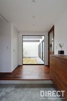 K HOUSE(住宅)|施工事例 « DIRECT(ディレクト)|石川県白山市の建築設計事務所 Cozy Room, Entrance Doors, Plant Decor, Windows And Doors, Multimedia, My House, Kitchen Decor, Living Spaces, Sweet Home
