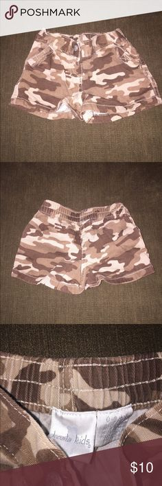 BNWOT baby boy camo shorts BNWOT baby boy camo shorts. Removed tag and washed, but never worn. No flaws, perfect condition! Koala Kids Bottoms Shorts