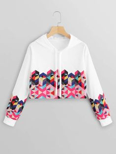 To find out about the Geo Print Drawstring Crop Hoodie at SHEIN, part of our latest Sweatshirts ready to shop online today! Crop Top Outfits, Cute Casual Outfits, Pretty Outfits, Stylish Outfits, Indian Fashion Dresses, Girls Fashion Clothes, Teen Fashion Outfits, Trendy Hoodies, Hoodies For Girls
