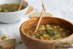 Суп с чечевицей и картофелем #веганство@just_veg   Ингредиенты:  • 3 моркови  • 3 маленьких луковицы  • 1 чашка сельдерея, нарезанного  • 8 чашек воды  • 2 зубчика чеснока, разрезанных пополам  • ¾ чашки красной чечевицы  • 5-6 средних клубней картофеля  • 1 чайная ложка сушеной петрушки  • 1/8-1/4 чайной ложки перца  • соль по вкусу http://vk.com/wall-58656979_3638