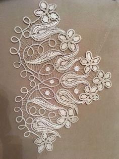 Irish lace bag by Inna Danilchuk - Birden Filet Crochet, Irish Crochet, Crochet Motif, Crochet Doilies, Crochet Lace, Rose Lace, Lace Flowers, Needle Lace, Bobbin Lace