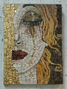 Mosaic Tile Art, Mosaic Artwork, Mirror Mosaic, Mosaic Crafts, Mosaic Projects, Mosaic Glass, Mosaic Designs, Mosaic Patterns, Mosaic Portrait