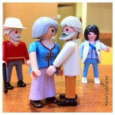 Amor en el geriátrico #playmylove #playmobil #playmobilovers #playmobile #toyig #geriatrico