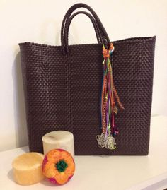 Handmade woven plastic tote bag by Miamorcitocorazon on Etsy