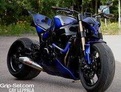 Motorbike Street Drifting Check out these Suzuki Hayabusa motorbikes and meet the MAD KUUSA, an insane StreetFighter group of motorcycle builders from Suzuki Hayabusa, Hayabusa Streetfighter, Custom Hayabusa, Custom Street Bikes, Custom Sport Bikes, Motocross, Moto Bike, Motorcycle Bike, Street Bikes