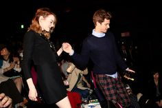 And another time when Andrew was full of chivalry and helped Emma walk down the steps: | 26 Times Emma Stone And Andrew Garfield Spread Their Perfection All Over The World