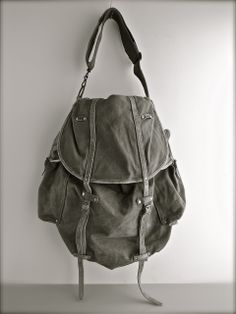 Vintage Messenger Bag by Ranposki.
