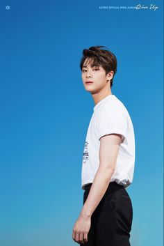 ASTRO define handsome in 'Rise Up' teaser images Kim Bum, Cha Eun Woo, Got7 Jackson, Astro Member Profile, Member Astro, Kcon Mexico, Park Jin Woo, Rapper, Lee Dong Min
