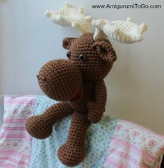 Muddy! FREE crochet moose amigurumi pattern, isn't it irresistibly cute? *.*