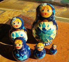Vintage 5 pc Russian Dolls Set Matryoshka dolls Stacking
