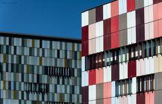 COLORS - Colorful buildings in Milan