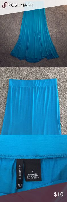 💗New Directions Long Maxi Skirt Size S💗 Super cute skirt!!! 💙Long Blue Aqua Turquoise in color. The true color is the color the skirt is lying flat. It's A Small. Flowy at bottom. Smoke and pet free home 🏡 new directions Skirts Asymmetrical