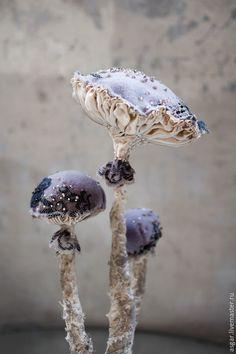 Купить Catathelasma Imperiale. Интерьерный гриб. - серый, бежевый, бледно-фиолетовый, кофейный, топленое молоко