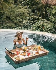 Woke up dreaming back to this place - 😍 maybe because I spent so much timing yesterday editing the video from Bali? 😁🤷🏼♀️ ::::: Tune in to stories so I can show you some of my video editing tips today if you're up for it☺️ ::::: Ubud, Vacation Destinations, Vacation Trips, Places To Travel, Places To Go, Voyage Bali, Jungle Vibes, Bali Honeymoon, Beautiful Hotels