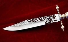 pierced knife blade by Antonio Montejano Pretty Knives, Cool Knives, Swords And Daggers, Knives And Swords, Knife Aesthetic, Rogue Assassin, Lizzie Hearts, Steampunk Accessoires, Armas Ninja