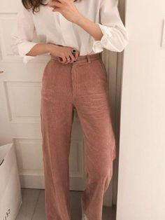 [겨울 코디 추천] Let's look at trendy corduroy pants styling. Fashion Pants, Fashion Outfits, Womens Fashion, Fashion Trends, Fashion Edgy, Cheap Fashion, Fashion Clothes, Fashion Tips, Winter Mode