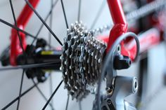 Learn how to change gear on your road bike like an expert for extra speed, power and general all round cycling satisfaction!