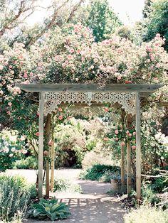 New Pergola Wedding Flowers Garden Arbor 55 Ideas Garden Gazebo, Pergola Patio, Pergola Kits, Garden Bed, Rustic Pergola, Metal Pergola, Pergola Shade, Garden Paths, Gazebos