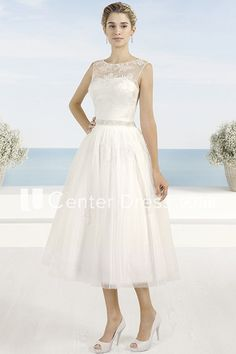 A-Line Tea-Length Appliqued Scoop Neck Sleeveless Tulle Dress