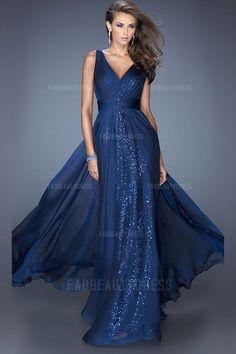 A-Line/Princess V-neck Floor-length Chiffon Sequined Prom Dress