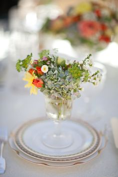 Nothing says Spring quite like loads of gorgeous florals by Dandelion Ranch and a scrumptious pop of yellow. It's all coming together in one knock-out inspiration shoot crafted by Sonia Hopkins of XOXO BRIDE. She teamed up with a gang of A+ vendors including Archive Vintage Rentals and Mi Belle Photography to shoot not one but TWO lovely tablescapes at Ojai […]