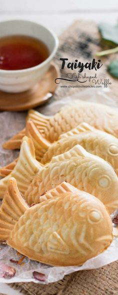 Taiyaki (Japanese fish shaped waffle filled with sweet red bean paste)