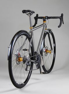 Fat Bike, Cool Bicycles, Cool Bikes, Vintage Bicycles, Velo Retro, Titanium Bike, Off Road Bikes, Urban Bike, Bicycle Maintenance