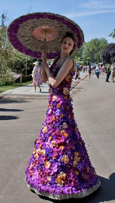 Floral Dress - Chelsea-Flower-Show-2014