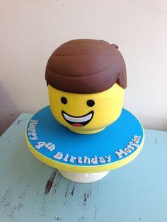 Emmet lego head novelty birthday cake Lego Head Cake, Lego Cake, Lego Birthday, Birthday Ideas, Birthday Parties, Emmet Lego, Novelty Birthday Cakes, Cakes For Boys, Cake Designs