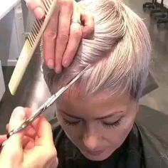 hair videos bob cut, back for more hair style ideas and videos Messy Pixie Haircut, Short Pixie Haircuts, Short Hairstyles For Women, Pixie Hairstyles, Style Short Hair Pixie, Short Short Hair, Short Hair Pixie Edgy, Short Hair Cuts For Women Pixie, Short Bob With Undercut