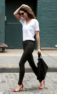 Lily Aldridge in a white tee, black skinny jeans & red Gianvito Rossi pumps #style #fashion #modeloffduty #streetstyle