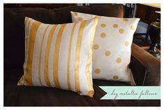 diy metallic gold pillows - perfect for fall!