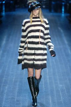 Google Image Result for http://www.style.com/slideshows/fashionshows/F2005RTW/CDIOR/RUNWAY/00010f.jpg