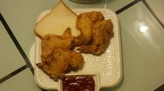 Crispy Fried Chicken Wings Like KFC - Cook With Jeeya #cookwithjeeya #KFC #Crispy #Fried #Chicken #Wings #hotwings #junkfood #fastfood #snacks Real simple but finger licking recipe of wings, taste like KFC. Marinate and store for long time in your freezer. Good for light lunch, tea snacks, or party.
