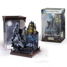 Harry Potter Collectible Figure Crookshanks with Display Magical Creatures