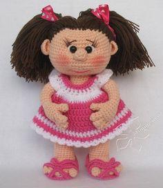 Beautiful doll (no pattern)