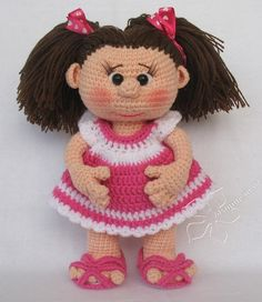 Another Pinner said~ Great doll, I have a very similar pattern. http://jasmine.in.ua/igrushki/kukla_polinka/