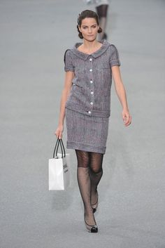 Chanel Spring 2009 Ready-to-Wear Fashion Show - Missy Rayder