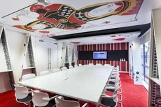 The Mad Hatter of London offices is available to rent near Waterloo.