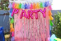 """""""PARTY"""" photo booth"""