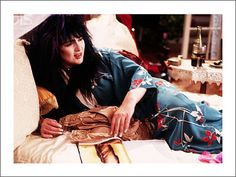 It's the_friday_spamtime again! Subject: Ann & Nancy Wilson Prompt: The 80s # of Pictures: 21 .