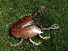 Big Shovel Crab welded garden art by Sistersteel on Etsy, $63.00