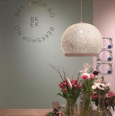 SpongeUp! lamps. Handmade in Spain. Design by Miguel Ángel García Belmonte. #interiordesign #design #interior #interiorismo #lightingdesign #lighting #lamps #homedecor #decor #interiordecor #pendantlamp #spongeup #potteryproject #pott #moderndesign #nordicdesign #designer