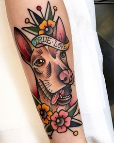 Search inspiration for an Old School tattoo. Traditional Ink, Traditional Tattoo Flash, Old School Ink, Mouth Mask Fashion, Mask Online, Classic Tattoo, Bff Gifts, Tattoo Models, Piercings