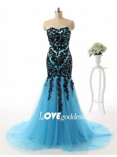 Light Blue Mermaid Evening Gown With Black Lace Appliques
